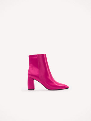NA-KD Shoes Shiny Ankle Boots rosa