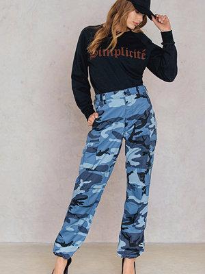 Leah Kirsch mönstrade byxor Camo Pants