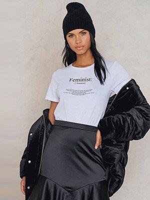 Rut & Circle Feminist Tee