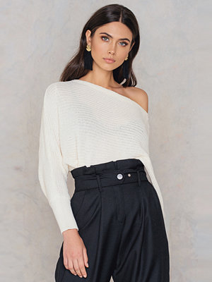 NA-KD Trend Off Shoulder Knitted Sweater
