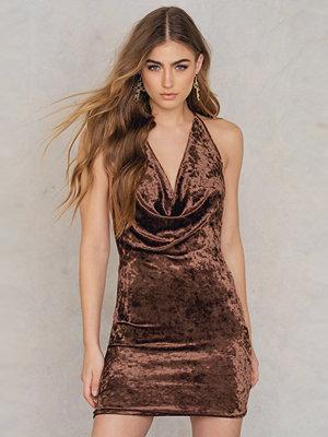Reverse At My Best Velvet Dress - Festklänningar