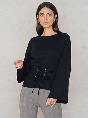 NA-KD Belted Detail Top