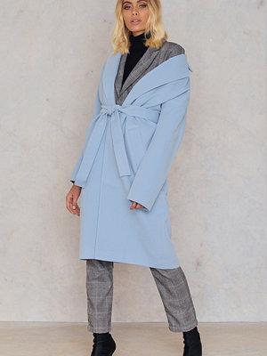 Trendyol Collar Belt Coat