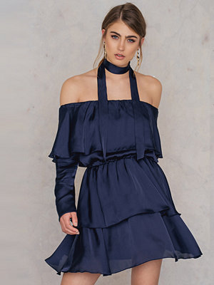 Josefin Ekstrom for NA-KD Triple Layer Off Shoulder Dress With Scarf