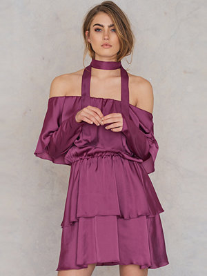 Josefin Ekström for NA-KD Triple Layer Off Shoulder Dress With Scarf
