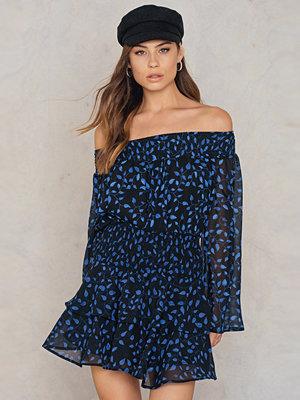 NA-KD Boho Off Shoulder Floral Print Top blå multicolor