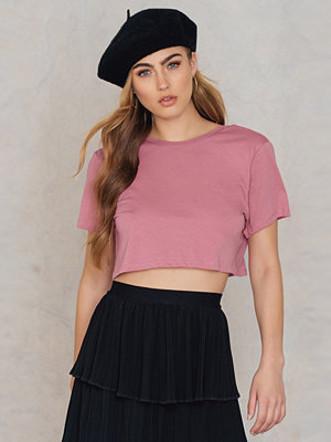 NA-KD Basic Cropped Deep Back Tee