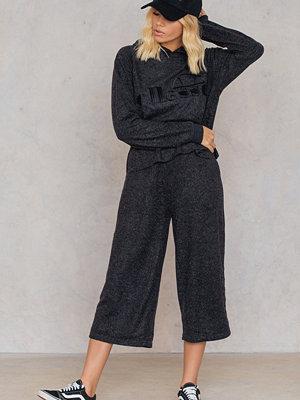 Ellesse svarta byxor El Marika Pants