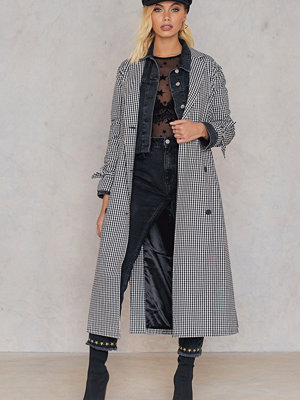 Andrea Hedenstedt x NA-KD Checked Trenchcoat multicolor
