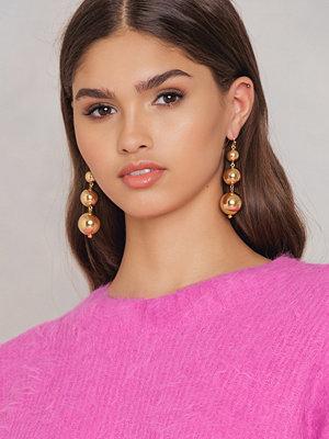 NA-KD Accessories örhängen Small Globe Chain Earrings