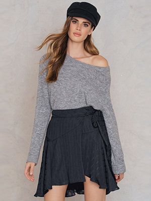 Finders Foundation Skirt