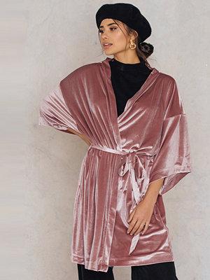 Missya Thilla Kimono