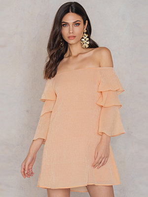 Endless Rose Ruffle Sleeved Off Shoulder Dress