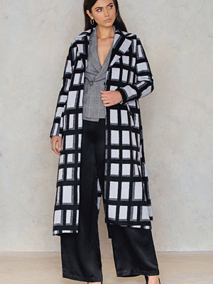 NA-KD Checked Coat svart multicolor
