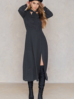 Trendyol Dotted Overlap Maxi Dress