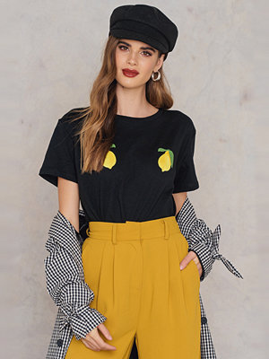 NA-KD Trend Lemon Tee