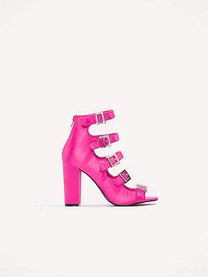 Pumps & klackskor - NA-KD Shoes Multi Buckle Satin Heels rosa