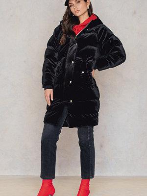 NA-KD Trend Velvet Puff Long Jacket