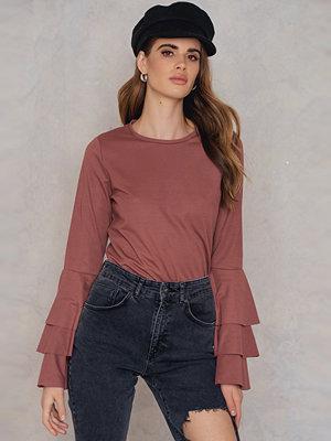NA-KD Triple Flounce Sleeve Sweater - Vardag