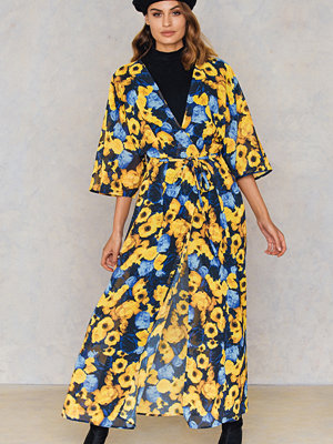 NA-KD Boho Chiffon Coat Dress