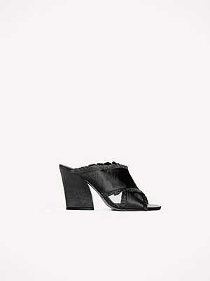 NA-KD Shoes Satin Cross Mule Heels svart