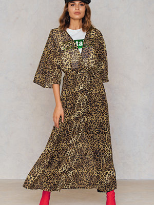 NA-KD Boho Chiffon Coat Dress