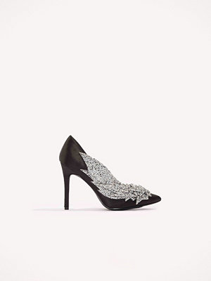 NA-KD Shoes Detail Rhinestone Pumps svart