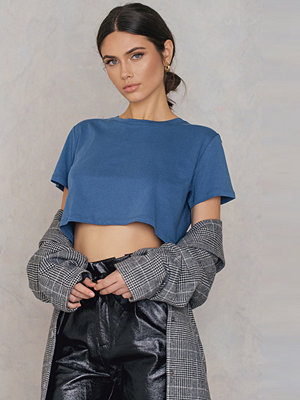 NA-KD Basic Oversized Cropped Tee