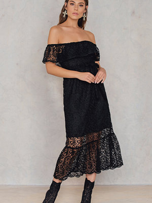 NA-KD Boho Lace Off Shoulder Dress