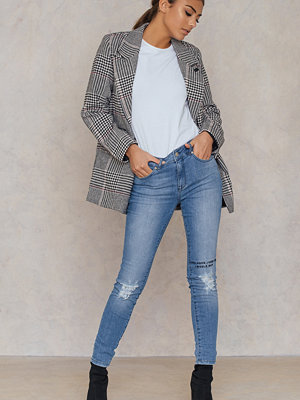 IVY Daria Distressed Jeans