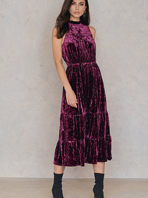 NA-KD Party Velvet Ankle Dress lila