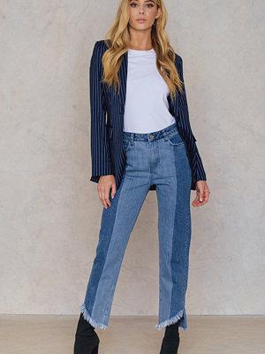 Qontrast X NA-KD Asymmetric Hem Jeans