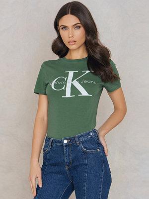 T-shirts - Calvin Klein Shrunken Tee