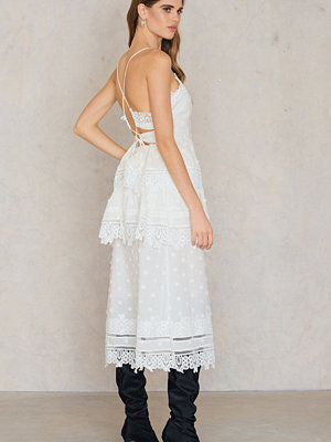 Endless Rose Tiered Lace Dress