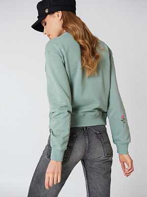 NA-KD Rose Elbow Embroidery Sweater