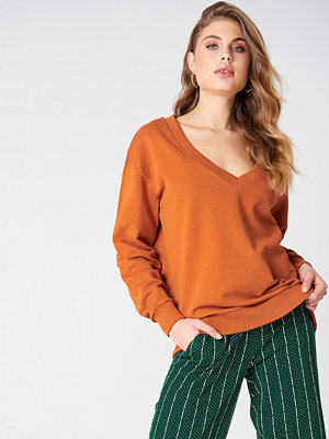 NA-KD Basic V-neck Basic Sweater orange