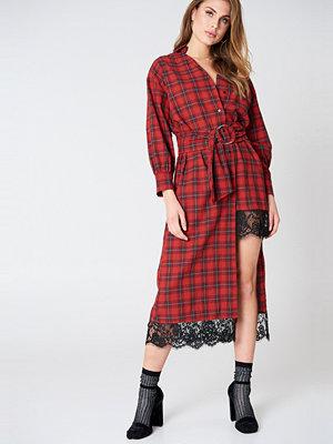 Liquorish Lace Detail Check Dress
