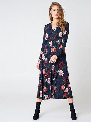 NA-KD Boho Button Up Maxi Dress