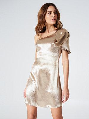 ASTR Crystalyn Dress