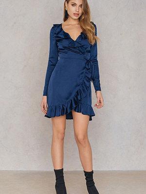 Boohoo Frill Sleeved Dress