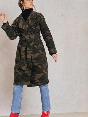 NA-KD Trend Camo Coat
