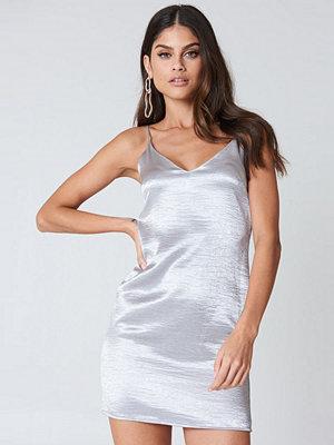 Kristin Sundberg for NA-KD Shiny Slip Dress silver