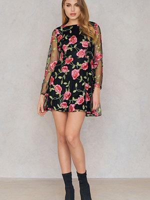 Boohoo Embroidered Long Sleeve Dress multicolor