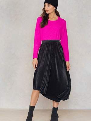 NA-KD Trend Pleated Asymmetric Midi Skirt
