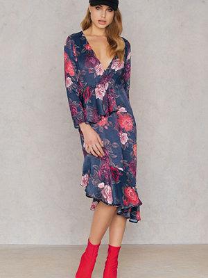 NA-KD Frill Detail Long Sleeve Dress multicolor