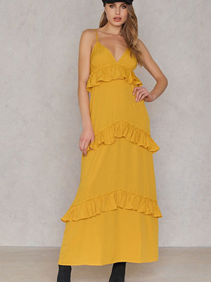 Boohoo Ruffle Strap Maxi Dress gul