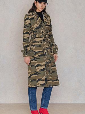 NA-KD Trend Camo Trench Coat