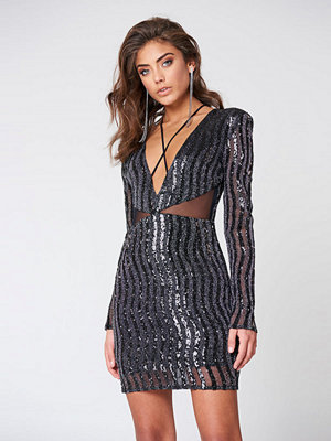 Vanessa Moe x NA-KD V-Neck Sequin Dress