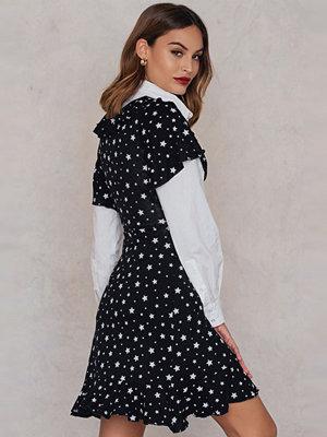 Boohoo Star Wrap Dress