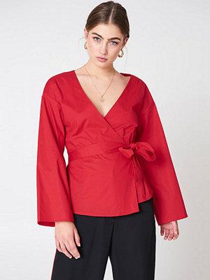 NA-KD Wrap Kimono Blouse röd
